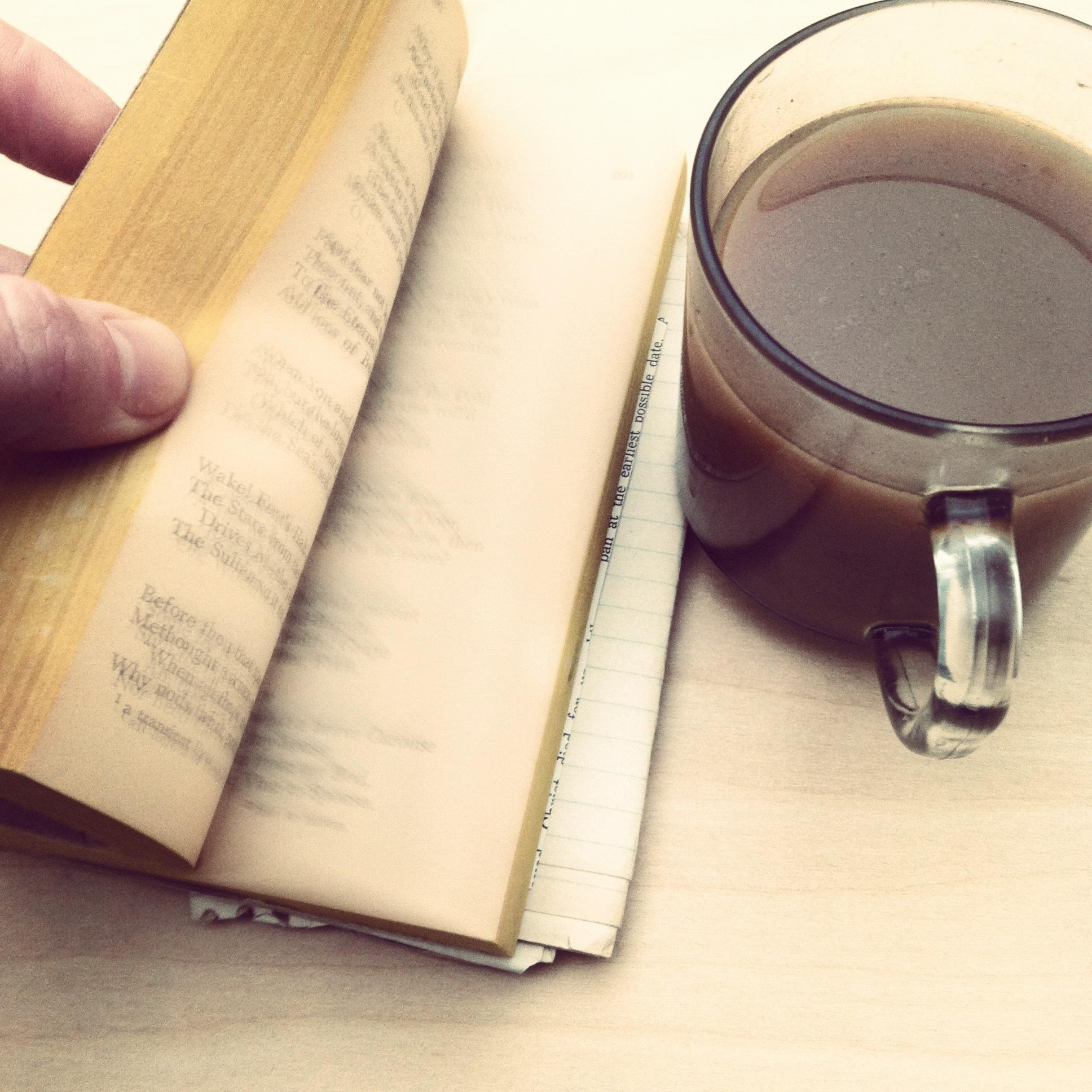 libro_e_caffe